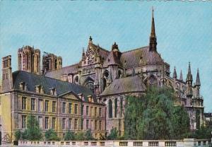 France Reims La Cathedrale l'Abside et le Palais Archiepiscopal