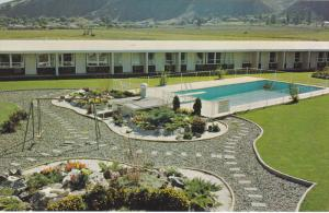 Swimming Pool,  Davy Crockett Motel,  Kamloops,  B.C.,  Canada,   40-60s