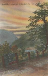 Sunrise at Delaware Water Gap PA, Pennsylvania - Linen