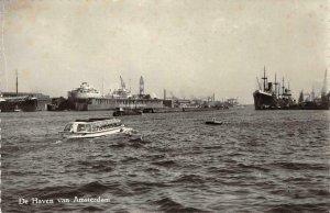 RPPC De Haven van Amsterdam, Netherlands Boats Echte Foto Vintage Postcard