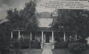 WINSTON-SALEM , N.C. , 1939 ; Mrs Brown's Modern Tourist Home