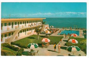 4183  FL  Miami  Carib Motel poolside view