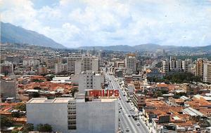 Venezuela Old Vintage Antique Post Card Caracas Vista parcial con Avenida Urd...