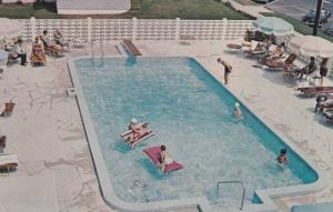 Private Swimming Pool & Patio Area, Hotel Tremont, Sea Girt, New Jersey, PU-1967