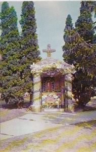 Wisconsin Dickeyville Holy Ghost Catholic Church The Eucharist Altar In The C...