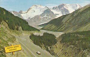 Canada Alberta Jasper Banff Highway