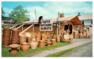 Maine  Lincolnville Indian Camp Basket Shop