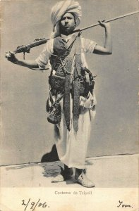 Libya Costume de Tripoli ethnic postcard