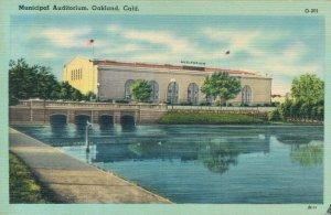 USA California Oakland Municipal Auditorium 04.29