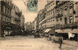 CPA LILLE - La Rue Esquermoise (204262)