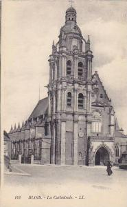 BLOIS , France , 00-10s ; Glockenspiel am Rathaus