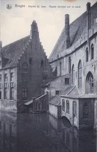 Belgium Brugge Fenetre Hopital Saint-Jean Facade donnant sur le canal