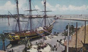 Replica of His Britannic Majesty's Infamous Ship, The Bounty Exhibit, St. Pet...