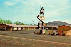 New Mexico Tucumcari Safari Motel