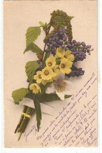 Beautiful flowers bouquet Nice old vintage German postcard