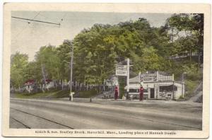 Haverhill MA Hutch & Son Socony Gas Pumps Station Landing Hannah Dustin Postcard