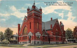 B99/ Marysville Union County Ohio Postcard 1914 First M.E. Church Building Court