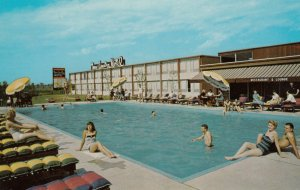 CALUMET CITY , Illinois , 1950-60s ; Town & Country Motel ; U.S. 30 alt. / Li...