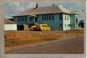 Postcard WA Long Beach Grade School c1960s School Bus 2645N