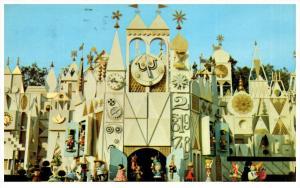 Disneyland   It's a Small World  01110460