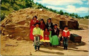 NAVAJO INDIAN FAMILY ON ARIZONA RESERVATION - CHROME - VINTAGE  POSTCARD