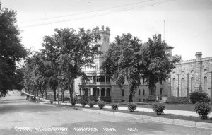 Anamosa IA~Hedge Tree-Lined Rd by Reformatory~Prison Battlement Tower~RPPC 1940s