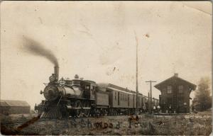 Larchwood Iowa~Rock Island Railway Engine & Train Departing RR Depot 1908 RPPC