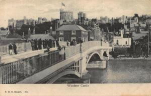 Windsor Castle Bridge Promenade Tower Chateau Postcard