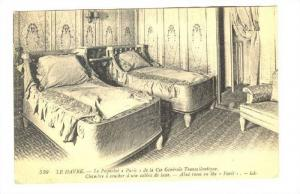 LE HAVRE.-Le Paquebot PARIS de la Cie General Transatlantique. Bedroom on s...