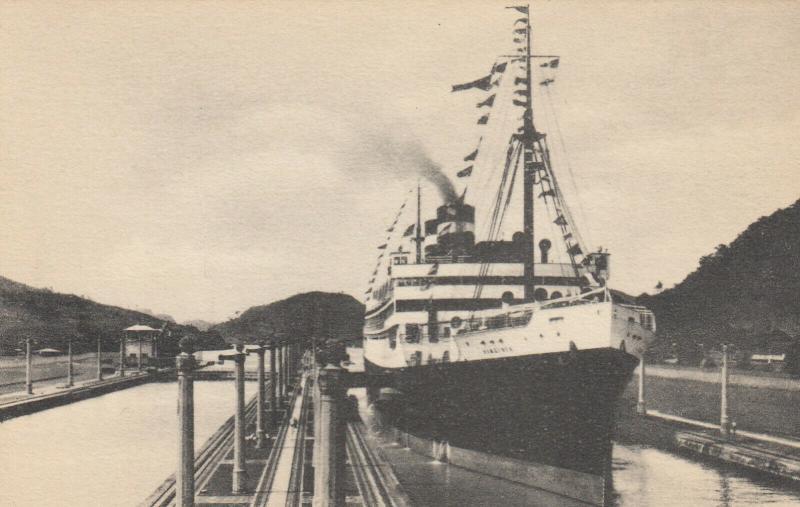 Panama-Pacific Line Ocean Liner VIRGINIA in Panama Canal , 20-30s