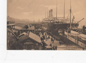 LIVERPOOL , Lancashire , England , 1900-10s ; Embarkation on Landing Stage