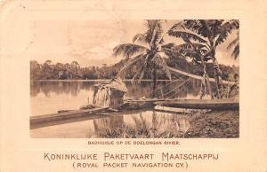 Indonesia, Republik Indonesia Badhuisje op de Boelongan Rivier  Badhuisje op ...