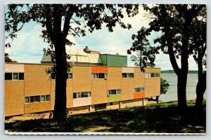 Bemidji Minnesota~Bemidji State College~Sattgast Hall~Colorful Walls~1950s