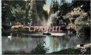 Postcard Moderne Vichy (Allier) and Swan Lake