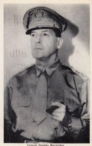 War 1939-45 ; General Douglas Macarthur
