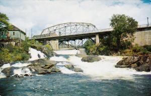 Bracebridge, Muskoka River in tthe Heart of the Beautiful Muskoka Lakes Distr...