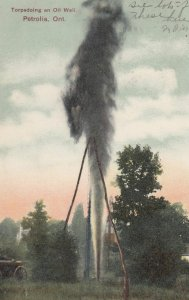 Torpedoing an Oil Well , PETROLIA , Ontario , Canada , 1907