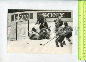 434580 Moscow Lenin Stadium Ice Hockey teams Czechoslovakia Sweden 1979 TASS