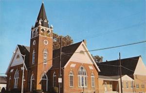 Seaford Delaware~Mt Olivet Methodist Church & Annex~1960s Postcard