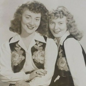 Olive Thelma Glick Sisters Country Western Music RPPC 1940s Photo Postcard G5