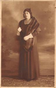 Femme, Lady Woman Dame, Fashion Gloves, Long Dress, Fur Scarf