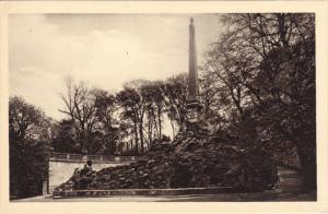 Sclosspark Schonbrunn, Obelisk, Vienna, Austria, 10-20s
