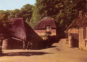 Vintage Giant Size Torquay Devon Postcard Cockington Forge & Smithy OS155