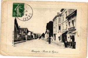 CPA   Bourgoin - Route de Lyon   (295871)
