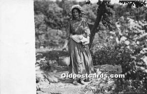Real Photo Occupation and People Working Woman Working Unused