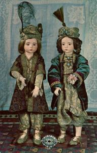 NH - Chesterfield. Museum of Old Dolls & Toys. French Bisque Twins