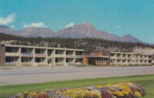 Andrew Motor Lodge, Jasper National Park, Alberta, Canada, 40-60s
