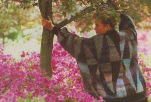 Hand Knitted Designer Jumper Fashion Glorious Knitting Kathe Fassett Postcard