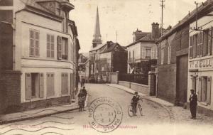 CPA MÉRU Rue de la Republique (131136)