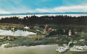 Parc de L'Ancrage , Riviere-Du-Loup , Quebec , Canada , 50-60s Lighthouse